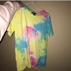 Forever 21 tie dye shirt for the hippie summer